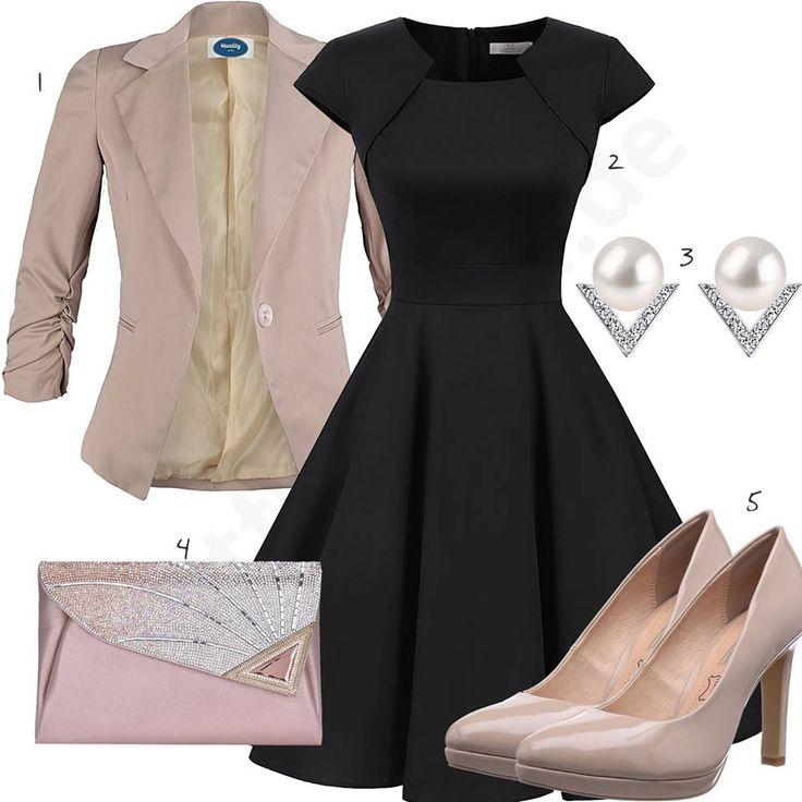 Elegantes Damenoutfit mit schwarzem Vintage-Kleid, altrosa 4tuality Blazer, Perlen-Ohrringen, kleiner Abendtasche mit Glitzer und Bufallo Pumps.