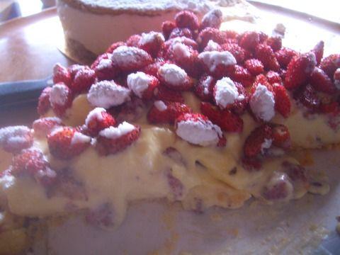 野苺のカスタードタルト -野いちごのデザート