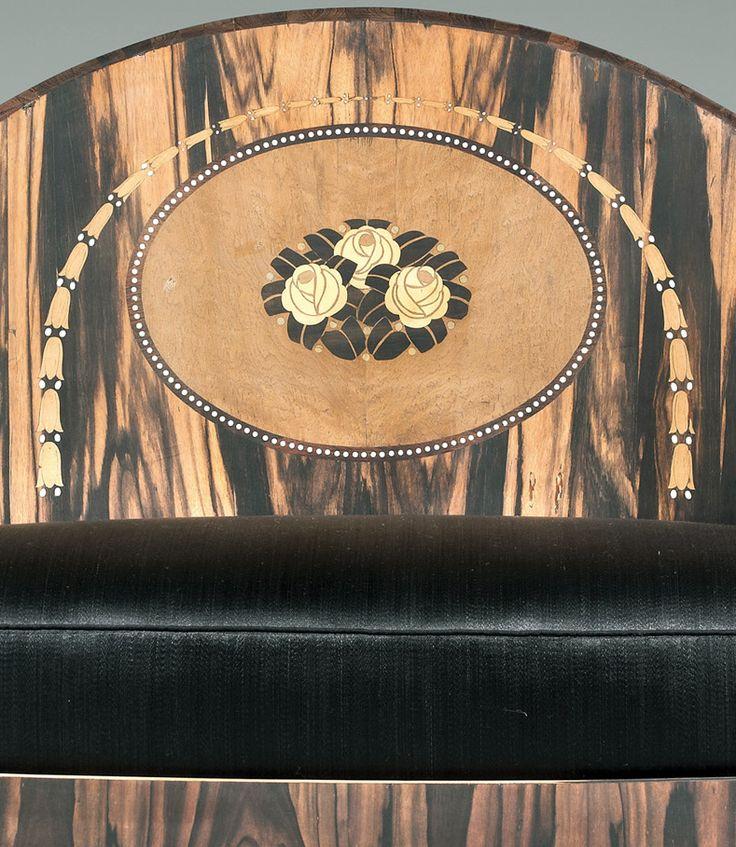 paul iribe sofa 39 corbeille 39 placage d 39 eb ne de macassar et incrustations d 39 ivoire 1914. Black Bedroom Furniture Sets. Home Design Ideas