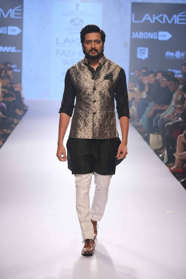 Lakme Fashion Week 2015 groom collection Ritesh Deshmukh