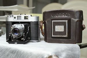 Aires Viceroy Rangefinder 120 Film Folding Camera Coral 75mm F3.5 lens #rarecamera #camera #vintagecamera #retrocamera #oldcamera #cameracollection