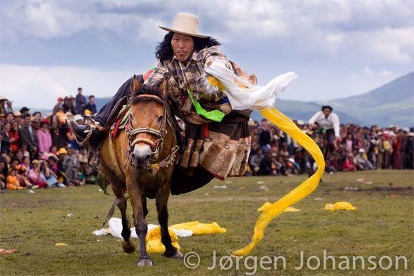 Kham Tibet horse racing festival. ©Jorgen Johanson