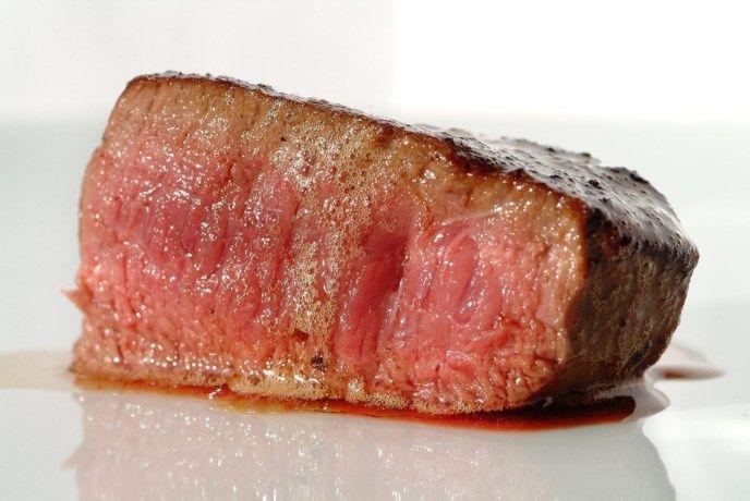 'Bloed' in uw vlees is helemaal geen bloed - Het Nieuwsblad: http://www.nieuwsblad.be/cnt/dmf20161017_02523695?_section=62824654