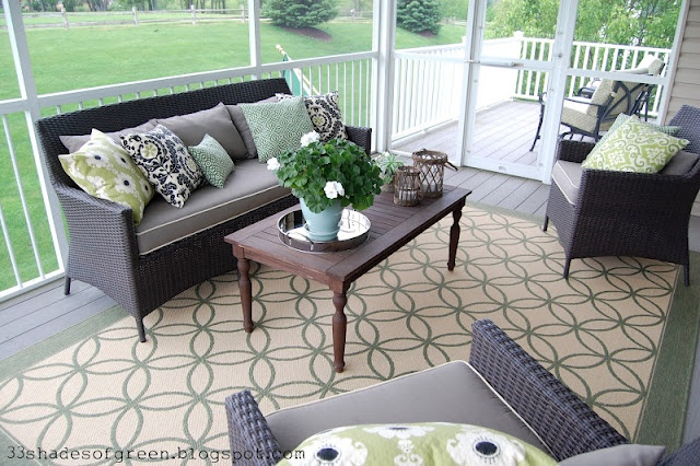 Love this: Decor, Screened In Porch, Screen Porch, Future Porch Yard, Outdoor Spaces, Shades Of Green, 33 Shades, Porch Ideas, Screened Porches