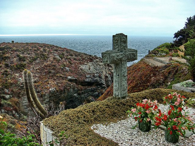Papudo,Chile - Beautiful Cemetery overlooking the Pacific Ocean