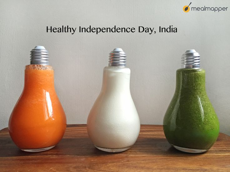 Freedom from junk food does not mean unappetising. We made these yummy smoothies with carrot, yoghurt and spinach.  #independencedayindia #august15 #independenceday2016 #mealmapper