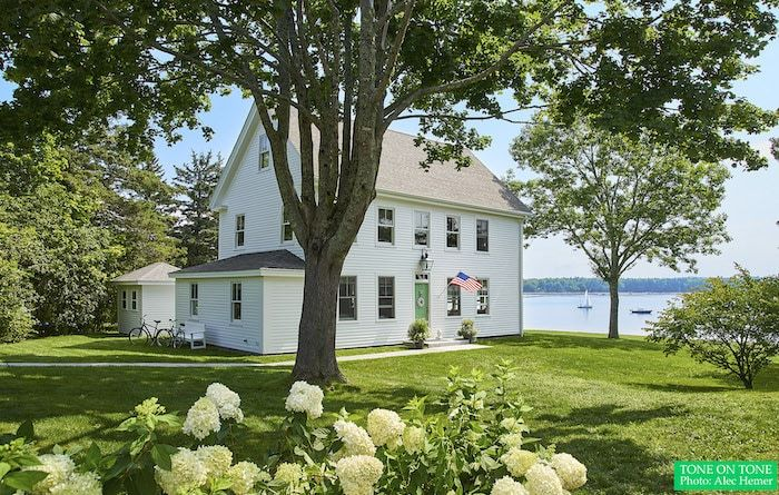 Maine Cottage Home Tour Tone On Tone In 2020 Maine Cottage Cottage Homes Maine House