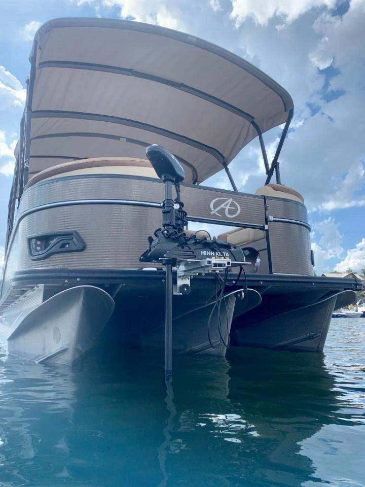 Boats trolling pontoon motors for Boat Trolling
