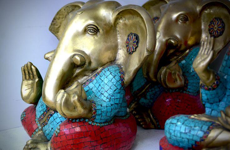 Ganesh de la Abundancia en Bronce con Piedras - CÓD. 744V #elefante #bronce #ganesh #hinduismo #hindu #ganeshbronce #lacatedraldelossueños