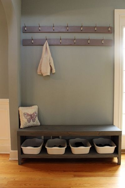 Plans to build this simple DIY bench with shoe storage: complete plans with photos and cut list