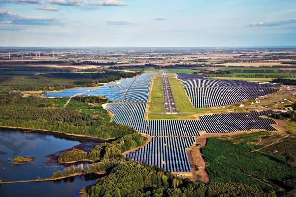Geleceğin enerji #güneş te, sende projeleri ve tezi kariyerini bu doğrultuda yapman çok doğru olabilir