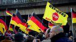 Sepuluh serangan per hari terhadap pengungsi terjadi di Jerman  BERLIN (Arrahmah.com)  Lebih dari 2.500 pengungsi di Jerman diserang tahun lalu menurut laporan oleh kementerian dalam negeri menimbulkan kekhawatiran atas keselamatan mereka yang telah melarikan diri dari perang di negaranya.  Dalam sebuah pernyataan pada Ahad (26/2/2017) kementerian dalam negeri mengatakan bahwa lebih dari 3.500 serangan terhadap pengungsi imigran dan tempat penampungan terjadi pada tahun lalu sekitar 10…