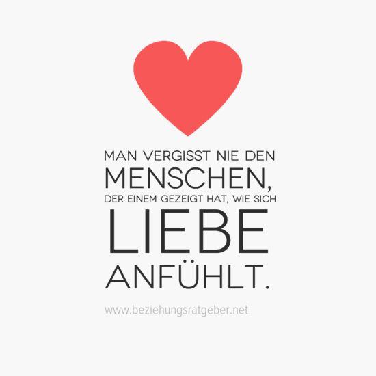Man vergisst nie den #Menschen der einem gezeigt hat wie sich #Liebe wirklich anfühlt. Glückliche #Beziehung langfristig & erfolgreich aufbauen: http://www.beziehungsratgeber.net/beziehungstipps/glueckliche-beziehung-fuehren/