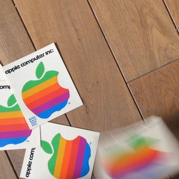 Hello guys!  So many apple® things around our storage. It's time to select and let them gain some publicity! They deserve it after all!  Follow our hashtag #applemoriginals and help Elizabeth (@lizios) with the selection process! Stickers anybody? 😆🍏💾🌈   #applemuseum #apple #applemuseumgirls