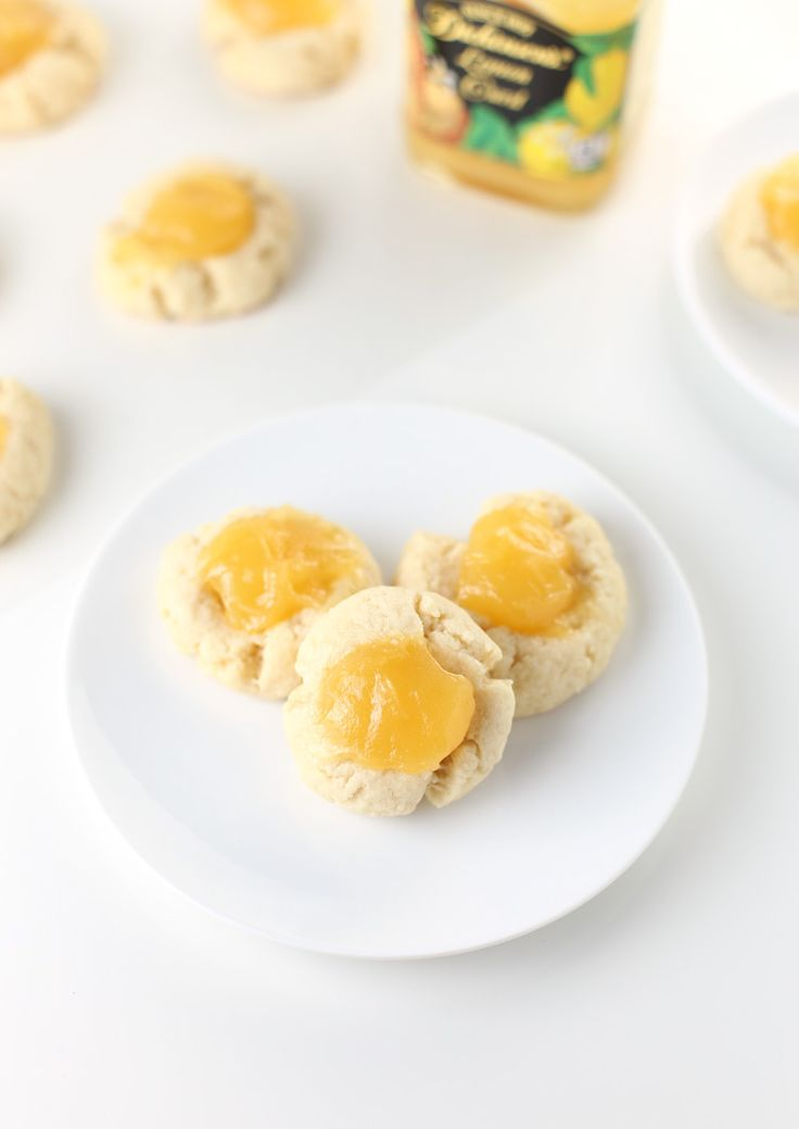 Lemon Thumbprint Cookies. Spring is finally here! And this lemon cookie recipe is perfect as an Easter cookie recipe or Mother's Day cookie recipe. These lemon thumbprint cookies are also very popular during Christmas! Click through for the full recipe   SeasonlyCreations.com   @SeasonlyBlog