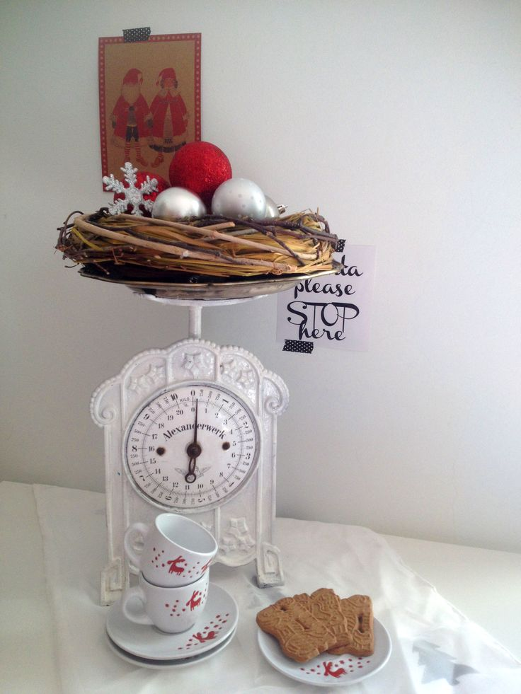 Christmas Decoration by Calabrian Sunshine  Vintage Scales