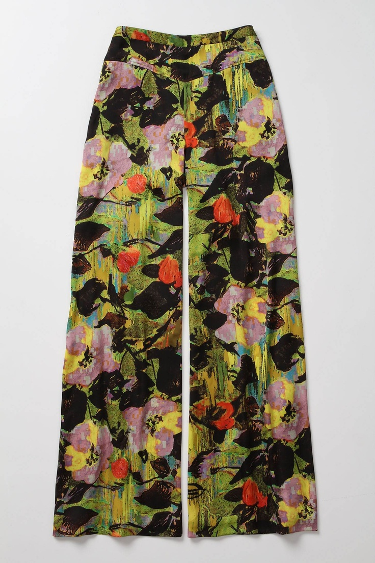 I'm obsessed with printed pants lately and have always loved a good wide leg trouser. These are the best of both worlds.