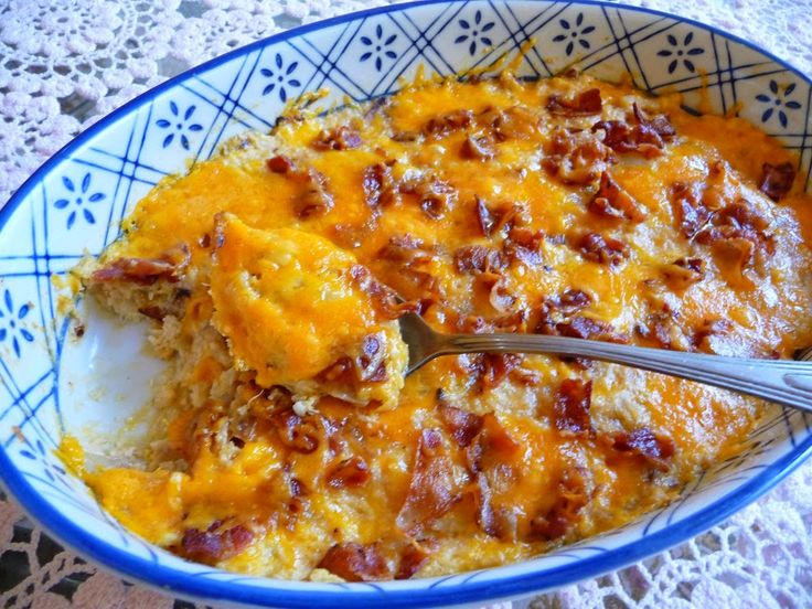 SPLENDID LOW-CARBING BY JENNIFER ELOFF: CAULIFLOWER, CHEDDAR 'N BACON CASSEROLE...Visit us at: https://www.facebook.com/LowCarbingAmongFriends