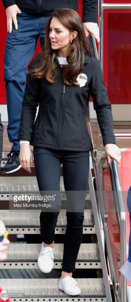 (EMBARGOED FOR PUBLICATION IN UK NEWSPAPERS UNTIL 48 HOURS AFTER CREATE DATE AND TIME) Catherine, Duchess of Cambridge attends the start of the 2017 Virgin Money London Marathon on April 23, 2017 in London, England. The Heads Together mental heath campaign, spearheaded by The Duke
