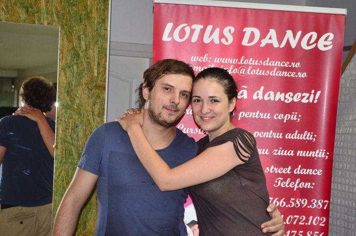 Cursuri de dans pentru nuntă http://www.lotusdance.ro/cursuri-de-dans-pentru-nunta/