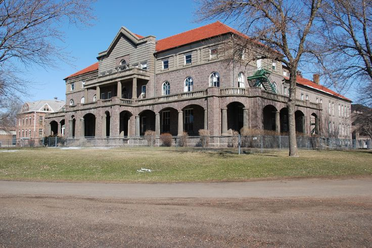 The abandoned Mead building, Yankton, South Dakota. This state hospital was built by patients at the turn of the last century.