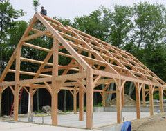 Learn about this simple, direct and elegant type of wood home construction that allows for generous personal expression