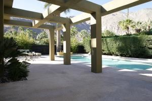 How to Build Your Very Own Concrete Patio: A concrete patio doesn't have to be this lavish to add value to your yard.