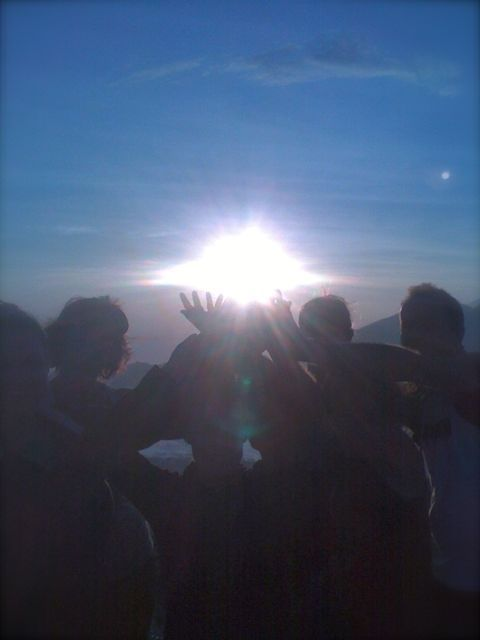 Grabbing the beautiful sunrise with all hands at Mt Batur Bali. http://www.sharingbali.com/retreats/