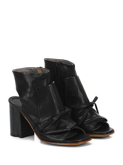 IXOS - Tronchetto - Donna - Tronchetto in pelle vintage con zip su lato interno e laccio frontale. Suola in cuoio e gomma, tacco 90. - NERO - € 235.00