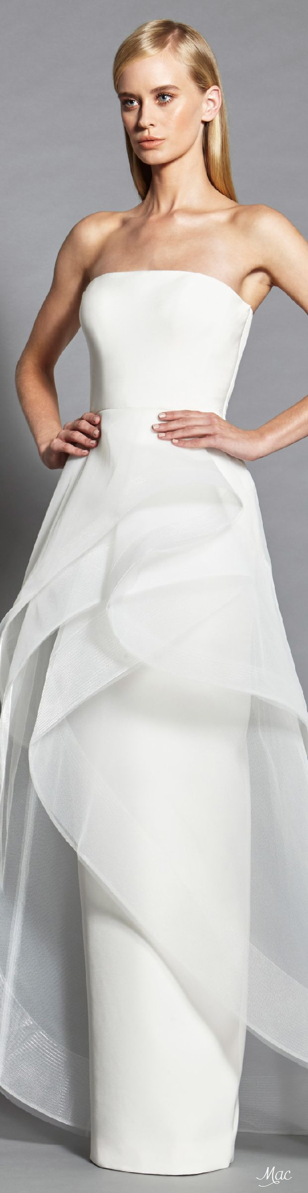 Spring 2017 Ready-to-Wear Romona Keveza