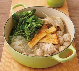 鶏つくねとクレソンの鍋の作り方