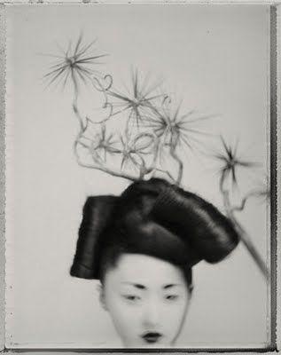 photo NB : Sarah Moon, portrait de femme asiatique