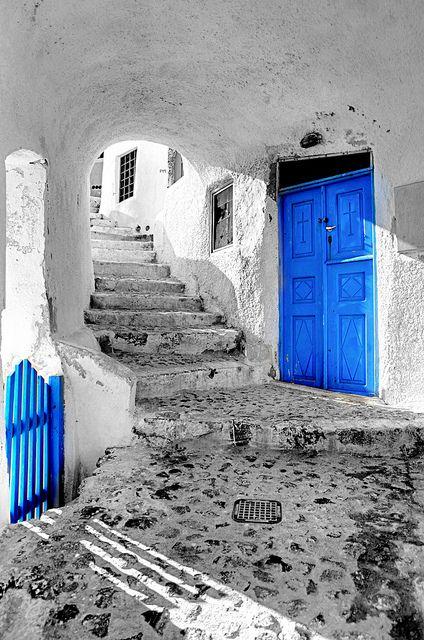 Santorini doors by Wantana Tierney Photography, via Flickr