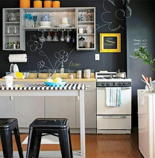 1000 Ideas About Apartment Kitchen Makeovers On Pinterest: 1000+ Ideas About Very Small Kitchen Design On Pinterest