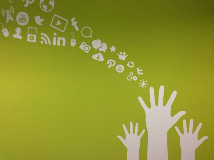 Grafica Social negli uffici #ALTEASpA e #ALTERNA di Lainate (MI)