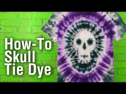 ▶ How-To Make a Tie Dye Skull Shirt - YouTube who wants to make these with me.