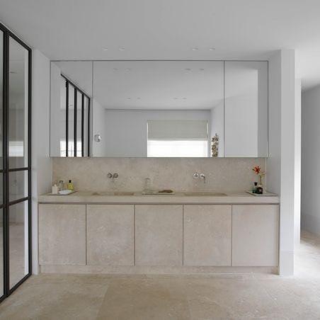 Piet Boon did it again! An other of my favorite interior designers. #bathroom #pietboon #pietbooncollection #interiordesigner  #e.dsgn #homedecor #design #whitedecoration #homeinspiration #interiordesign #instadesign #designstagram #contemporarydesign #moderndesign