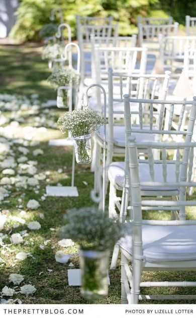 White chairs & baby's breath | Photography: Lizelle Lotter