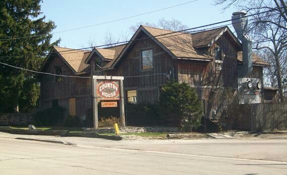 THE COUNTRY HOUSE GHOST  Clarendon Illinois  Reported to be haunted