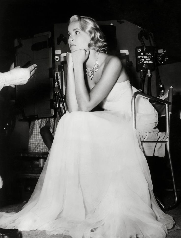 American actress Grace Kelly on the set of ' To Catch A Thief', some of which was filmed on the riviera, where she met Prince Rainier of Monaco, whom she later married. Description from gettyimages.co.uk. I searched for this on bing.com/images