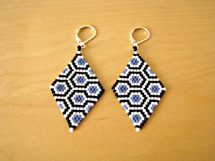 Boucles d'oreilles losange en perles delicas miyuki motif design hexagone : Boucles d'oreille par beads-and-coffee