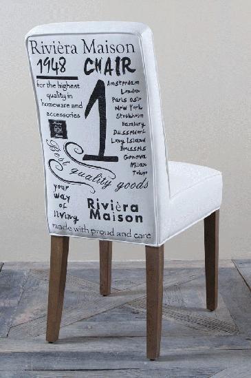 Alle meubels van RM kunnen wij voor U bestellen. Deze stoel kunt U bewonderen en proberen in onze winkel.