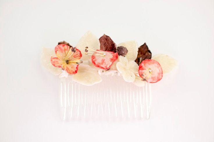 Peineta transparente de flores en colores naturales de OLGAALOR en Etsy