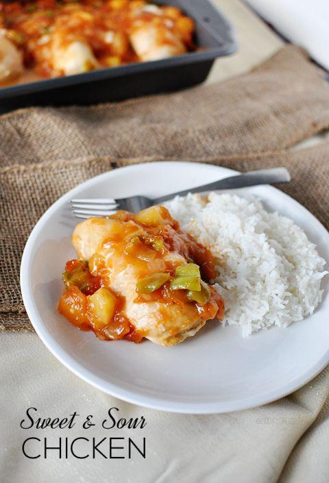 Easy & delicious main dish- Sweet & Sour Chicken www.thirtyhandmadedays.com