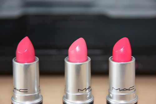 top 3 favorites.: Bright Pink Lipsticks, Lips Gloss, Summer Colour, Bubbles Gum, Lipsticks Color, Mac Lipsticks,  Lips Rouge, Summer Glow, Lips Colour