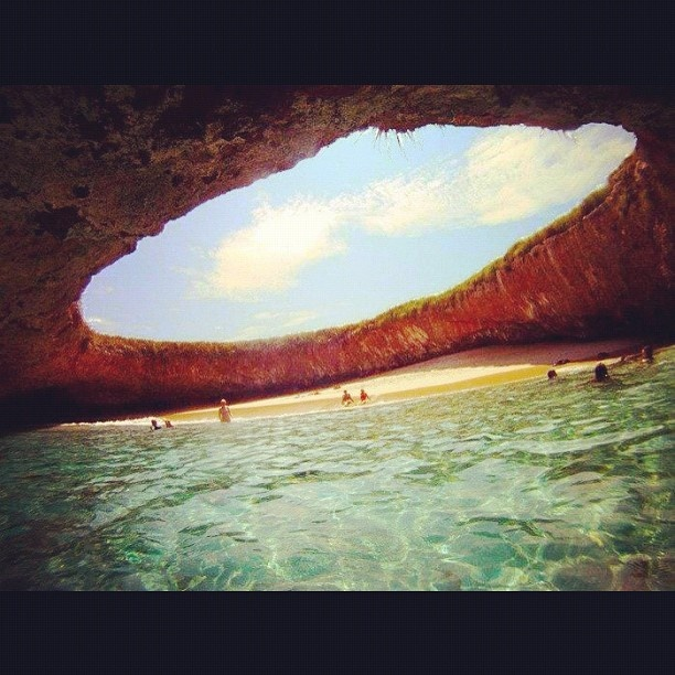 Hidden Beach - Marieta Islands, Mexico. looks like a great place to escape to