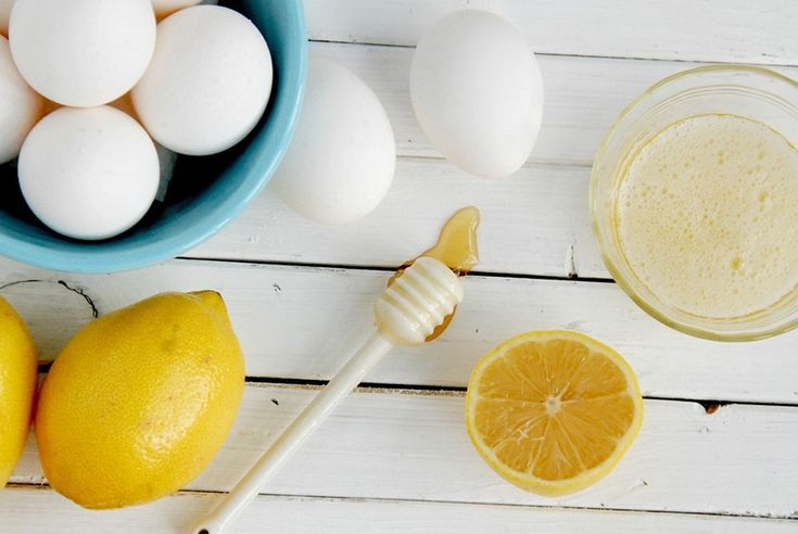 Saç Dökülmesine Karşı Yumurta Maskesi, Saç dökülmesi için yumurta maskesi, yumurta saç dökülmesini nasıl engeller, yumurta akı maskesi ve yumurta sarısı maskesi.