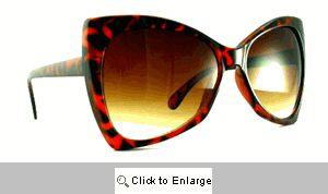 Chloe Upswept Retro Sunglasses - 470 Tortoise