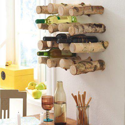 Un casier à bouteilles de vin décoratif pour la cuisine