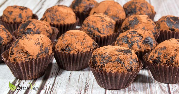 Tartufini vegani al cacao un sapore deliziosamente cioccolatoso per il palato, sono uno tra i miei dolci preferiti e una rivelazione di gusto